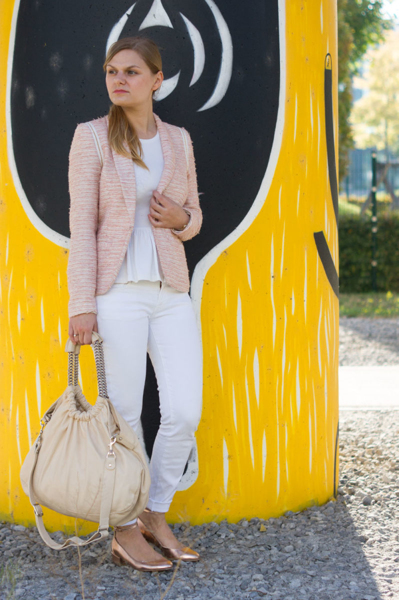 yellowgirl_outfit_rosegold_ballerinas_3