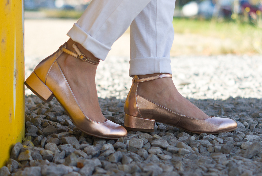 yellowgirl_outfit_rosegold_ballerinas_4