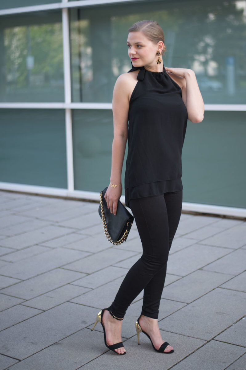 yellowgirl_Black_Gold_Outfit_8